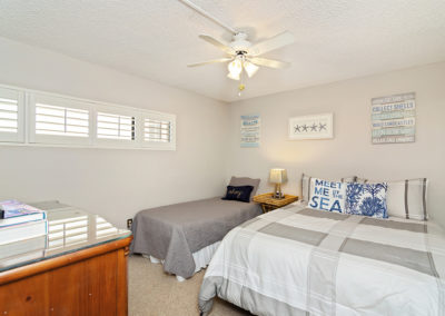 Bedroom2 Holiday Surf & Racquet Club - Unit 421