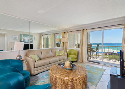 LivingArea Holiday Surf & Racquet Club - Unit 421