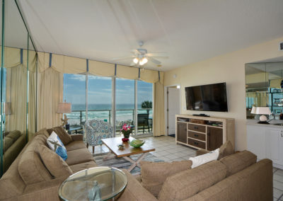 LivingAreaView2- sterling sands 209