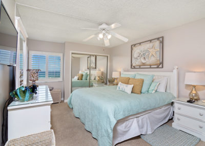 MasterBedroom Holiday Surf & Racquet Club - Unit 421