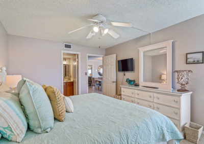 Holiday Surf & Racquet Club - Unit 421 MasterBedroomView4
